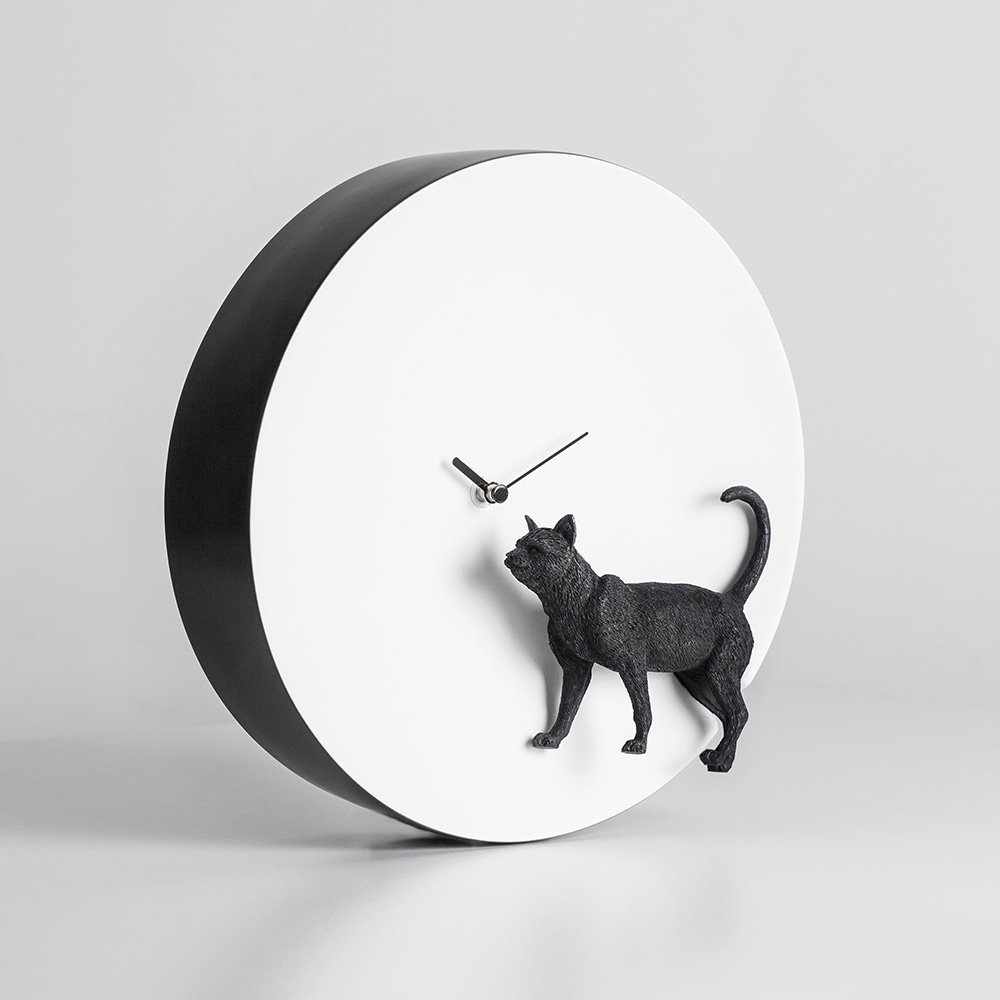 Moon X CLOCK - Cat
