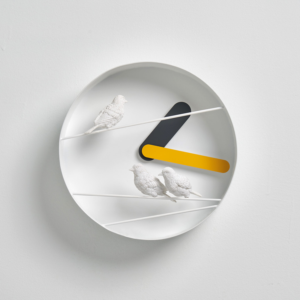 Sparrow X ROUND CLOCK - Yellow